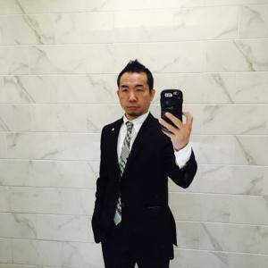 紳士用のスーツに汗抜き加工をお勧めする事に付いて考えられるメリットとデメリットとは