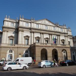 イタリア、ミラノのスカラ座に行ってみる。
