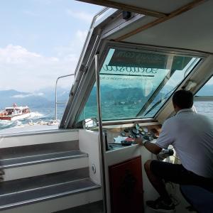 イタリア、ミラノからストレーザ、マッジョーレ湖のマードレ島に上陸。