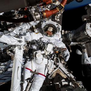 宇宙に5ヶ月滞在中!宇宙飛行士星出彰彦さんとはどんな人?