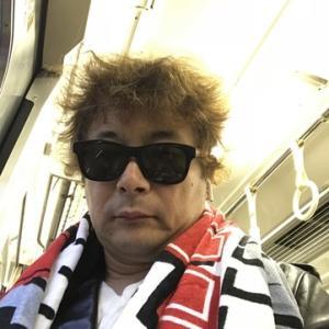 開かれた場のジレンマ 矢沢永吉への批判メール騒動