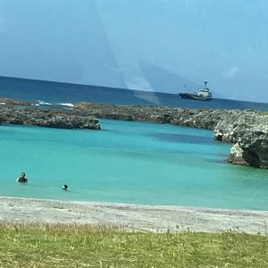 海の色がとっても綺麗でした