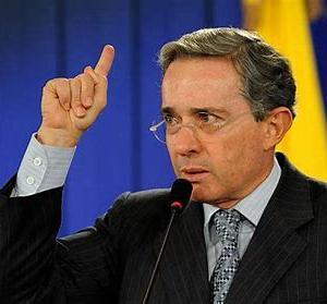 コロンビア最高裁、ウリベ元大統領をスパイ事件との関連で捜査(6月3日)
