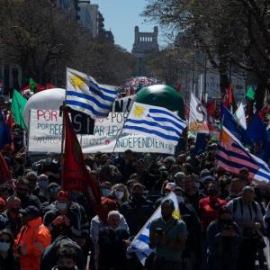 ウルグアイで大規模ストライキと抗議行動(9月16日)