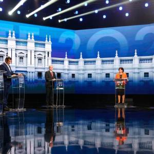 チリ大統領選挙:拡大戦線ガブリエル・ボリク候補が最有力に(9月24日)