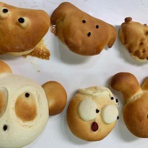 キャラクターパン、生クリームあんぱん