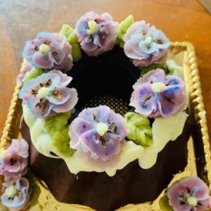すごいケーキを作ってきていただいた