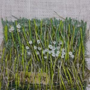 コラージュ刺繍草原