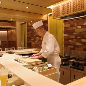 【東銀座】銀座から世界へ、職人技を堪能できるプライベートなカウンター「鮨 銀座 おのでら」