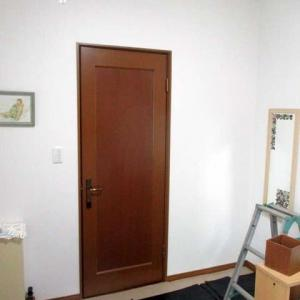 ドアを引き戸に改造