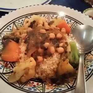再起を待つ!日本にあるチュニジア 4. 伝統を食す