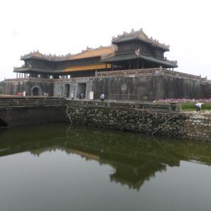 都城フエの城壁(ヴェトナム・フエ市)