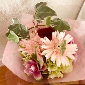 念願の美容室とマリーちゃんのお花