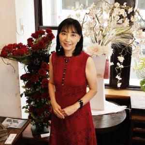 """しなやかに、たおやかに""""今""""を楽しむ・・60本の赤いバラ!還暦ハッピーバースデー"""