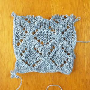 編んでみた。