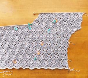 プルオーバーVネック、編み始め