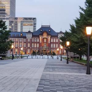 東京駅と丸の内の夕焼け