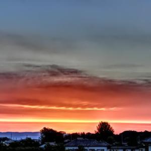 【2020年5月15日】朝焼けが綺麗な朝を迎えた日。/ LSD練習&フィットネス (金曜日)