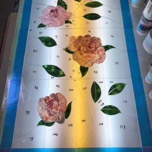 薔薇のパネル、ガラスカット終了!!