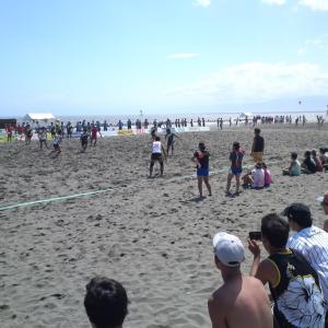 海岸にて。