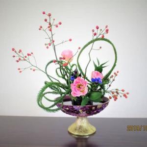 エンコウスギとノバラの実・・自由花