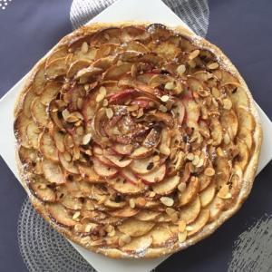 本当に簡単なのだけれどいつも皆に喜ばれるアーモンド林檎パイ