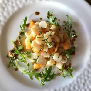 ベビー帆立貝(ぺトンクル)でオードブル メインはとても親しいお友達のレシピ