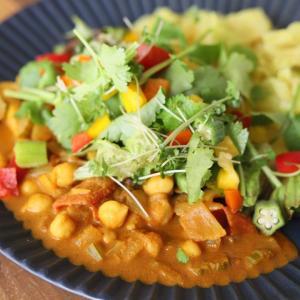 ナチュファスでは家庭野菜料理も学べます