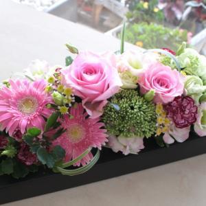 ペットへのお供え花は可愛いのが人気♡