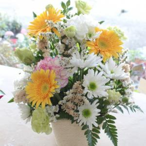 お盆はただただお供え花を作りました。