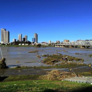 多摩川か氾濫していた。