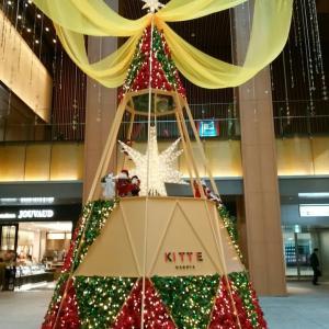 KITTE名古屋のクリスマスツリー
