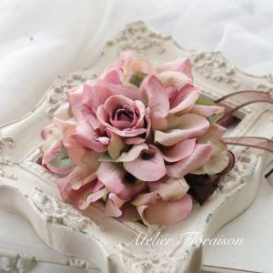 花びらを重ねて作る メリアブーケ