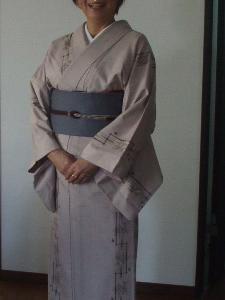 紬の着物と帯姿 クラス会へお出かけです。