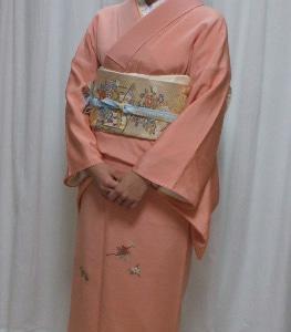 花紋の着物姿 お友達の結婚式へ