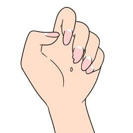 ハート形の爪 🎶