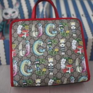 『グッチ×ヒグチユウコ』の保存袋をリメイク