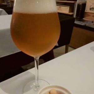 """岩見沢サンプラザホテル1F『SORACHI WINE STATION』にお邪魔。生ビール""""大雪""""、3種のチーズ、ナターレ・ヴェルガのスプマンテ、TAKIZAWA2015ピノノワール、全部うまっ!"""