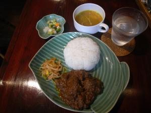 インドネシア料理 「ルンダン」