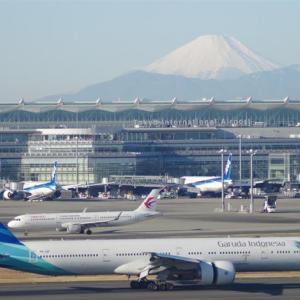 羽田空港からの富士山...