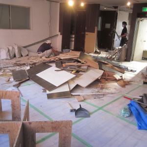 仙台市青葉区春日町『テントビルフロアーリフォーム』が完成です。