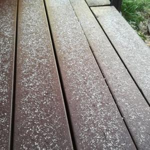 初雪かなぁ?氷点下の朝でした。