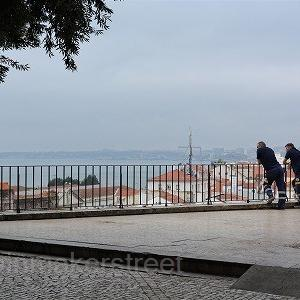 LISBON ・UTRECHT TRAVELOGUE 19 (リスボン その8 素敵カフェ&アルファマ一人散歩)