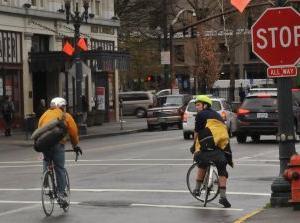 サイクリストに配慮した法律