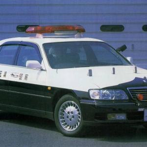 久しぶりのパトカーネタ(笑) やっと見つけた 日産シーマパトカー なのだ!