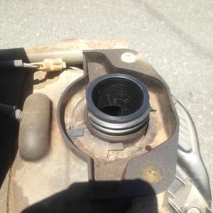 キャブ清掃とエンジンオイル交換 CF42A