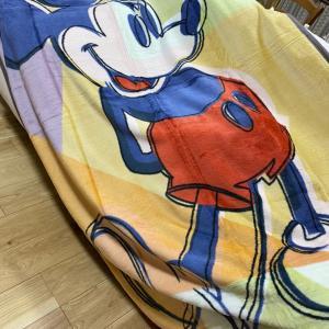 ユニクロのヒートテック毛布(  ミッキー  )