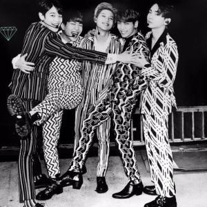SHINee 2年 #SHINee #5HINee #jonghyun
