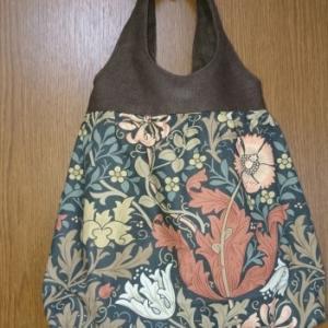 ウィリアムモリスの布で…   バッグ できました!
