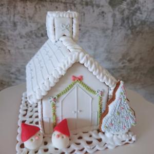 ヘクセンハウスを作ります クリスマスお菓子の家
